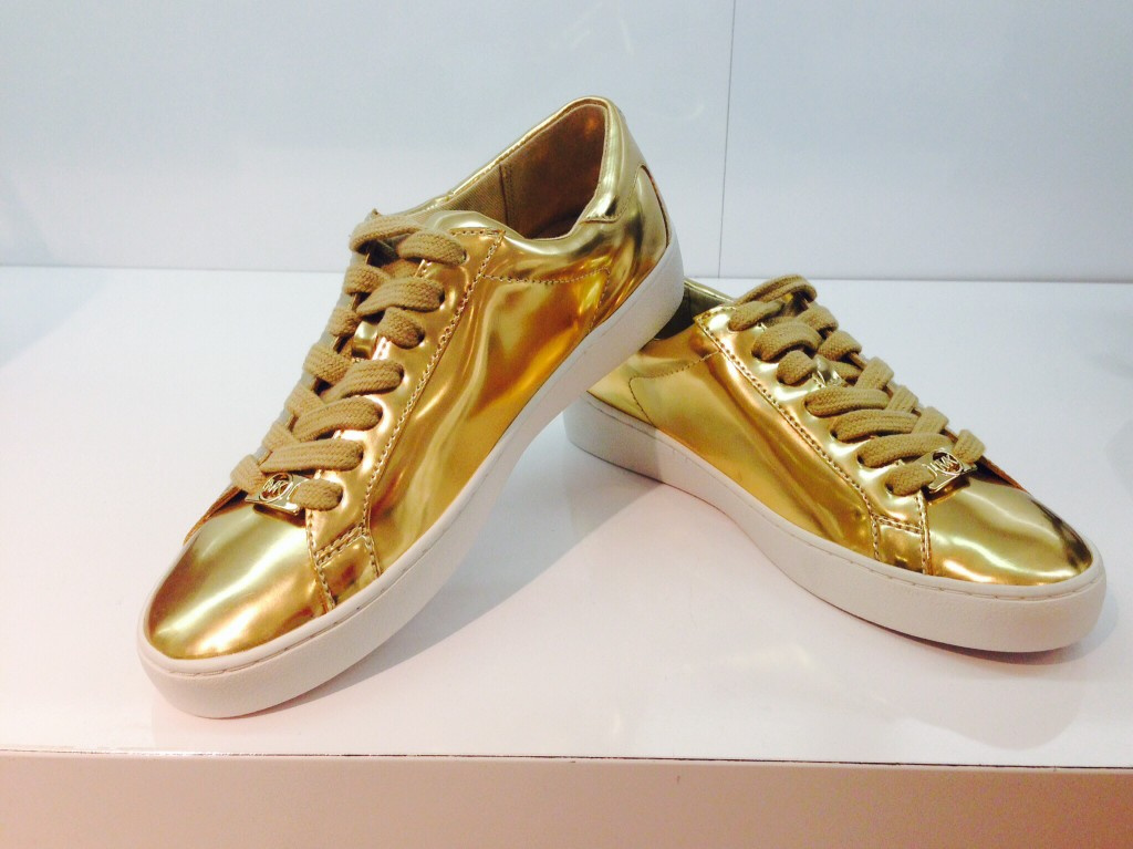 gold tennies